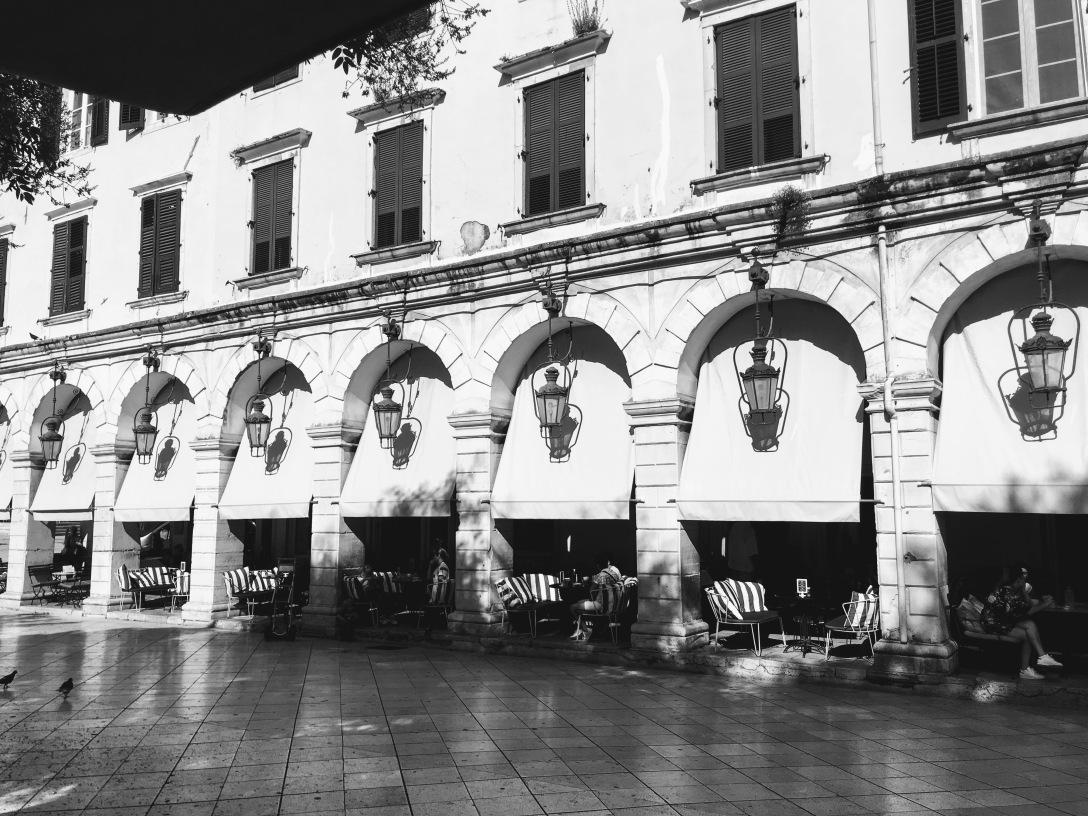 Arkaden in Korfu Stadt